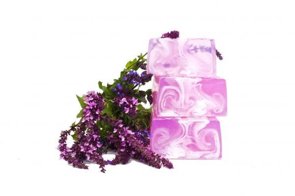 Cremeseife Lavendel mit Kokosnuss- und Mandelcreme